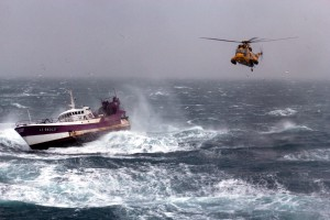 Royal_Navy_Sea_King_Helicopter_Comes_to_the_Aid_of_French_Fishing_Vessel_Alf_in_the_Irish_Sea_MOD_45155248