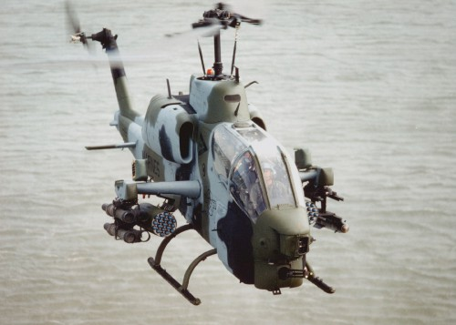 An AH-1W from HMLA-167 conducts high-speed training runs in western Iraq. From Vertiflite, Fall 2004 (page 22).