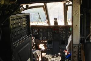 CH-46Ecockpit