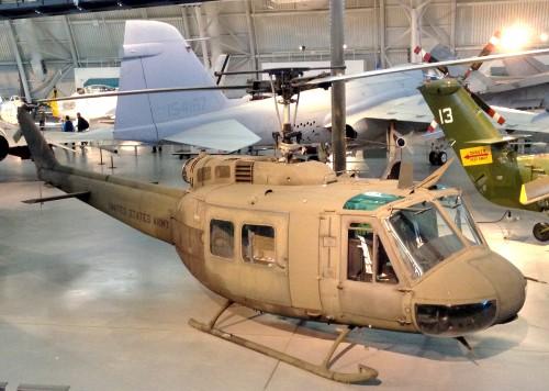 UH-1N_udvarHazy.jpg