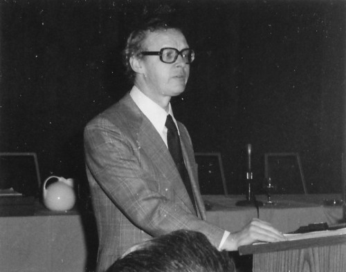 This is Jeffrey Jones from Westland Helicopters, delivering his paper at the AHS northeast regional Aerodynamic Efficiency Symposium.   From Vertiflite, March/April 1975