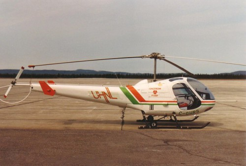 Enstrom F-28F (C-GHRS) - Photo by Ahunt (no modification to original image) (image release to public domain) Source: https://commons.wikimedia.org/wiki/File%3AEnstromF28FC-GHRS.jpg