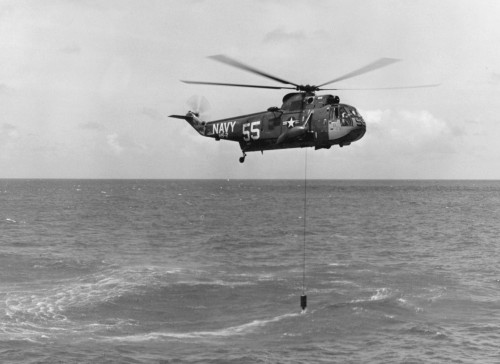 Sikorsky SH-3A Sea King of Anti-Submarine Squadron HS-2 - Photo from Wikimedia by U.S. Navy courtesy of U.S. Navy National Museum of Naval Aviation (no modification to original image) (Public Domain image )  Source: https://commons.wikimedia.org/wiki/File%3ASH-3A_Sea_King_of_HS-2_deploying_AQS-13_sonar.jpg