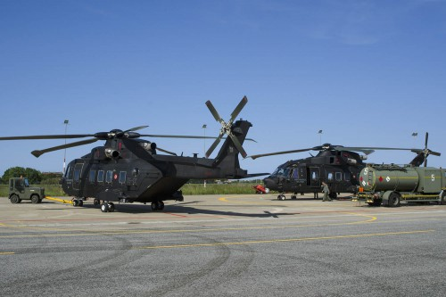 Two Leonardo HH-101A Caesars of the Italian Air Force are refueled for another mission from Cervia Air Base. Photo by Paolo Rollino, May 19, 2017. Copyright: CC BY-SA