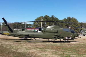 AH-1F_Cropped