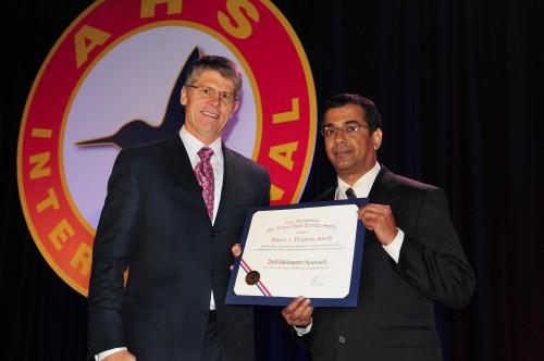IPI-0581-Bell-NAVAIR-Pinckney-Award.jpg