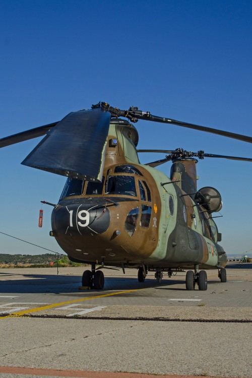 BOEING VERTOL CH-47D - HT.17-19/ET-419 of Spanish Army Aviation/BHELTRA V/5th Battalion at Colmenar Viejo AAB (SP) on 2016.09.20 - the helicopter is with the three tone camo mainly used for overseas operations