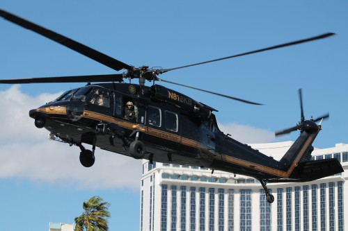 US Customs Border Patrol (CBP) UH-60L N818KB departs from the Las Vegas Convention Center in Las Vegas, Nevada, on Friday, March 2, 2018, after the conclusion of the HAI Heli-Expo 2018. AHS photo by Ian V. Frain. CC-BY-SA