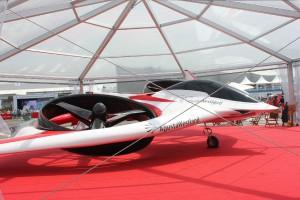 8.-AgustaWestland-Project-Zero.th.jpg