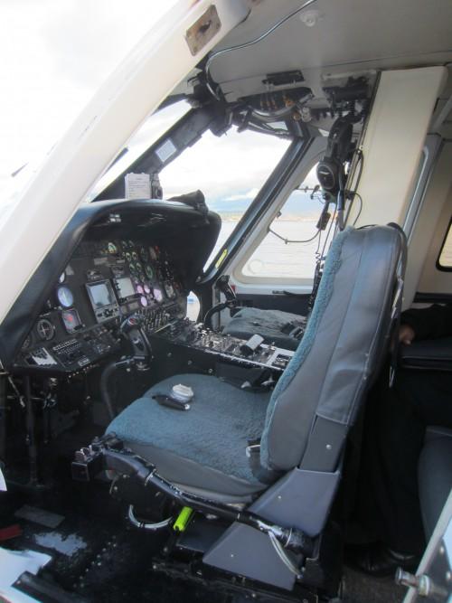 Cockpit-of-S-76A-scheduled-service.jpg