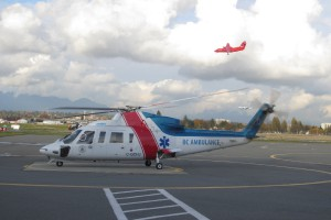 S-76C-lands-at-Vancouver-Aiport.th.jpg