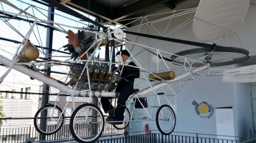 This is a replica of one of the first helicopters claimed to be capable of manned flight (in reality, probably no more than a few 'hops' into the air).  Photo taken at at Hubschraubermuseum by AHS International (Mike Hirschberg) (image released under the terms of Creative Commons license Attribution-ShareAlike 2.0 Generic - CC BY-SA 2.0)