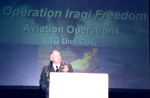 At annual Forum 59 awards, 2003, LTG Dick Cody addressing to the eminent participants at the event.  Forum 59, May 6-8, 2003, Phoenix, Arizona USA