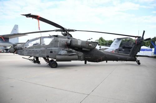 AH-64_KOSH_Oshkosh-WI_20180726_DSC_0744.jpg