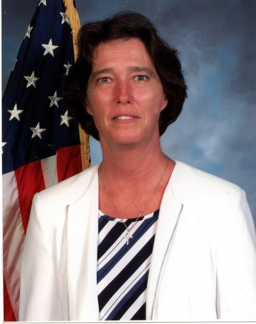 Sandra M. Hoff, Deputy Commander, US Army Aviation Applied Technology Directorate  Leadership Profile: Vertiflite Summer 2006