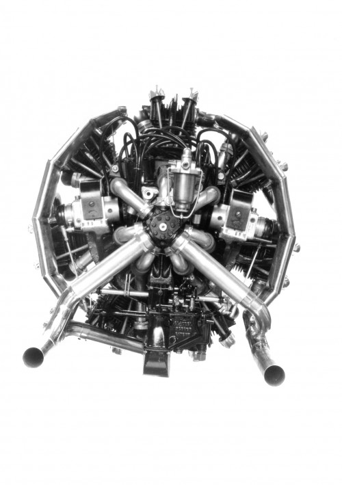 British reciprocating engine used in some Cierva, Kay and Pitcairn autogiros.  Image provided courtesy of Shirley Ann Manser