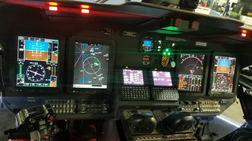 Cockpit of Sikorsky S-76D (registration number N553XB) on display at Heli-Expo 2019. (VFS photo taken on March 6, 2019. CC-BY-SA 4.0).