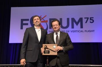 Glenn-Isbell_Presenting-Gavel-to-Roberto-Garavaglia_VFS75-Awards-Banquet_20190515_DSC_3198