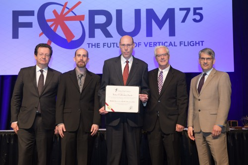 Pinckney Award, FARDS Demo, Gearbox Team, with R. Garavaglia and M. Hirschberg during the Forum 75 Grand Awards Banquet, Wednesday evening, May 15, 2019. (VFS photo by Kenneth I. Swartz. CC-BY-SA 4.0)