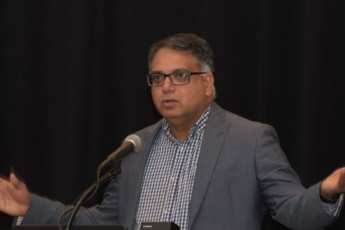 """Parimal Kopardekar, NASA Unmanned Traffic Management (UTM) Project, in Forum 75 Special Session 8: """"Challenges in Electric VTOL"""" on Thursday, May 16, 2019. (VFS photo by Kenneth I. Swartz. CC-BY-SA 4.0)"""