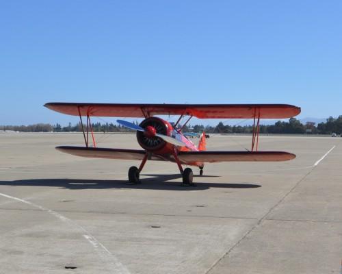 Aerobatic-biplane-DSC_0936.jpg